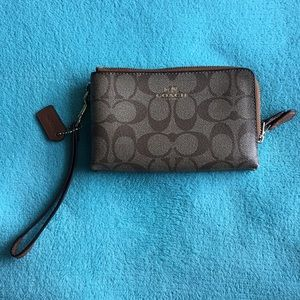 Coach Double Zip Wristlet Brown